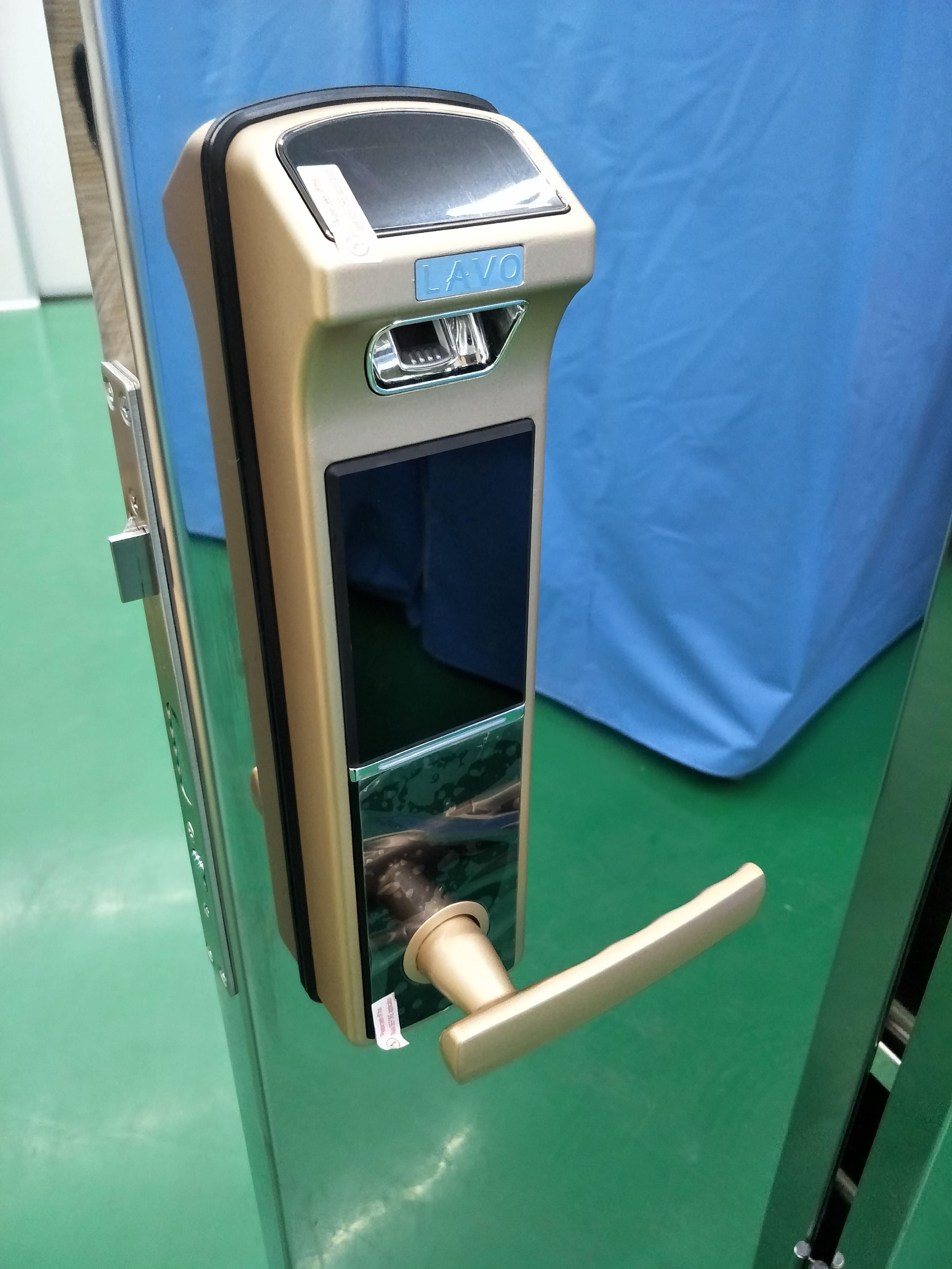不銹鋼高階電子門鎖櫃